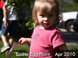 April 2010 : Easter Egg Hunt